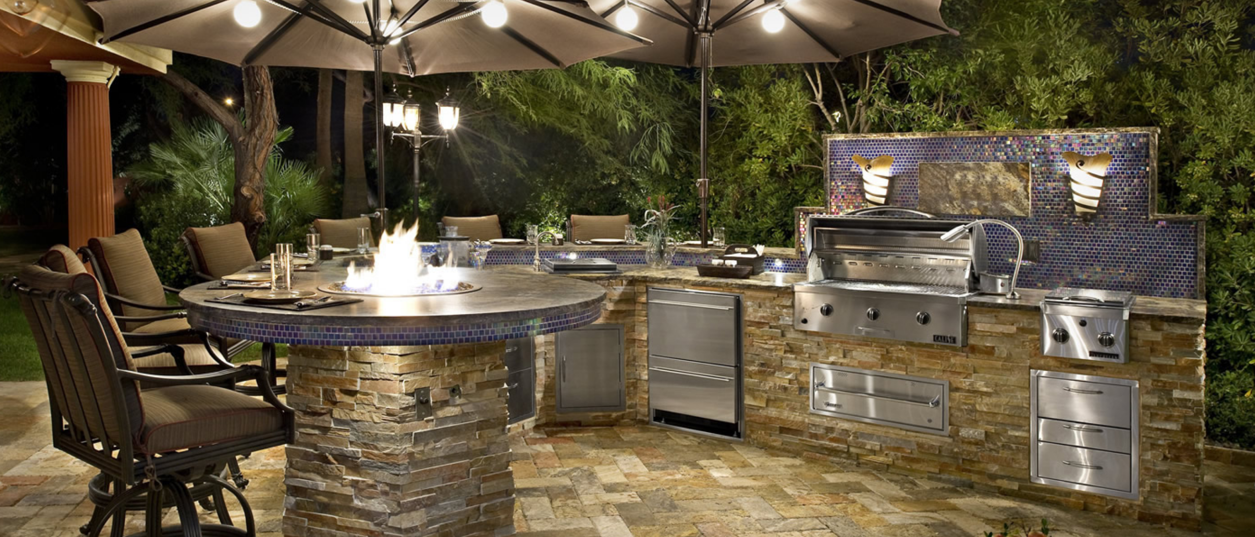 LA's Custom Outdoor Kitchens